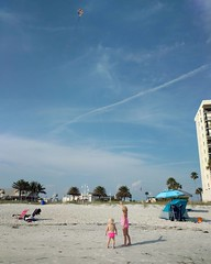 Two girls and a kite. #age5israd #exploringthesunshinestate