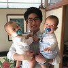 Saying bye to these two munchkins. @reirani and @mattbarnes13 good seeing you both. Have a safe flight back. Love you both and see you in September.  この2人とは少しの間のお別れ。夏にまた。 #twins #twinsies #jojomaya #peace