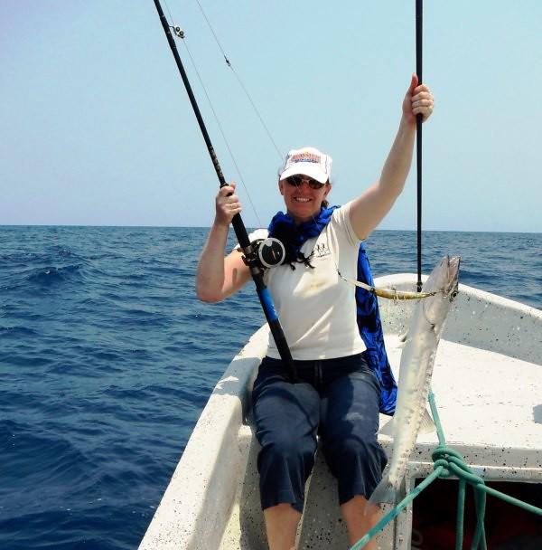 Belize fishing tours fly deep sea hatchet caye for Deep sea fishing belize