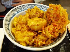 curry(0.0), dak galbi(0.0), produce(0.0), meal(1.0), fried food(1.0), seafood(1.0), food(1.0), dish(1.0), cuisine(1.0),