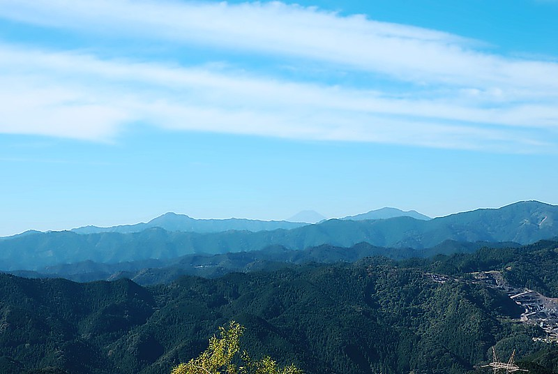 Kaaburi Pass Fuji view
