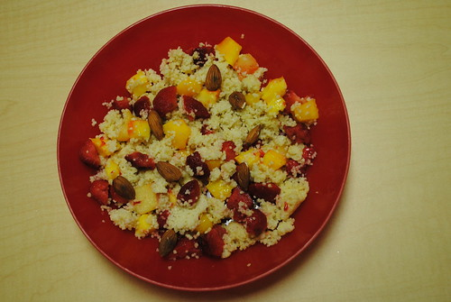 almond couscous with fruit (1)
