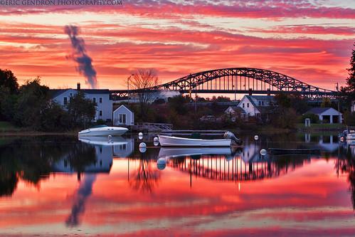 bridge sunset red sky sun reflection canon river landscape evening coast harbor boat scenery glow waterfront dusk scenic newengland newhampshire nh scene coastal portsmouth bouy seacoast 5dmarkii ericgendron yearend13