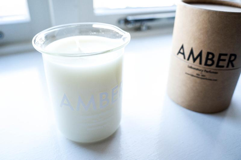 Laboratory Perfumes Amber Candle Beaker | www.latenightnonsense.com