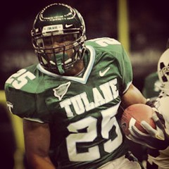 #TBT Chicago Bears RB Matt Forte during his time at Tulane. Forte ran for 2,127 yards and 23 TDs his senior year #tulane #onlyattulane