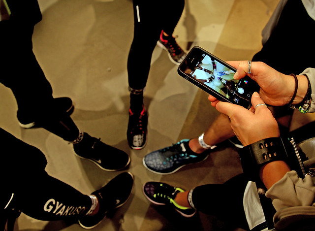453542461SH00081_Nike_Flash
