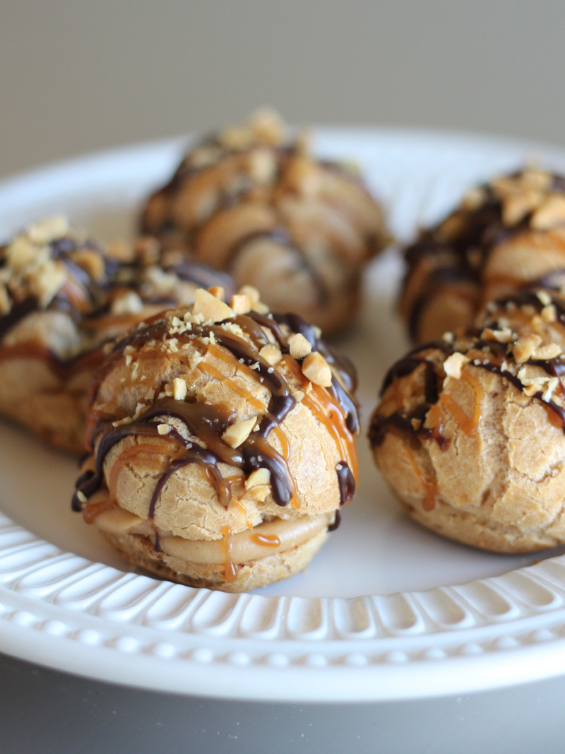 Snickers Eclairs