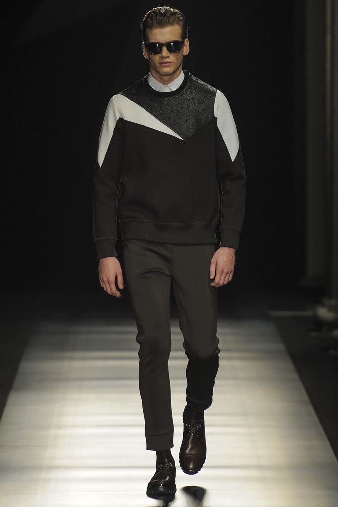 FW14 Milan Neil Barrett008_Justin Sterling(VOGUE)