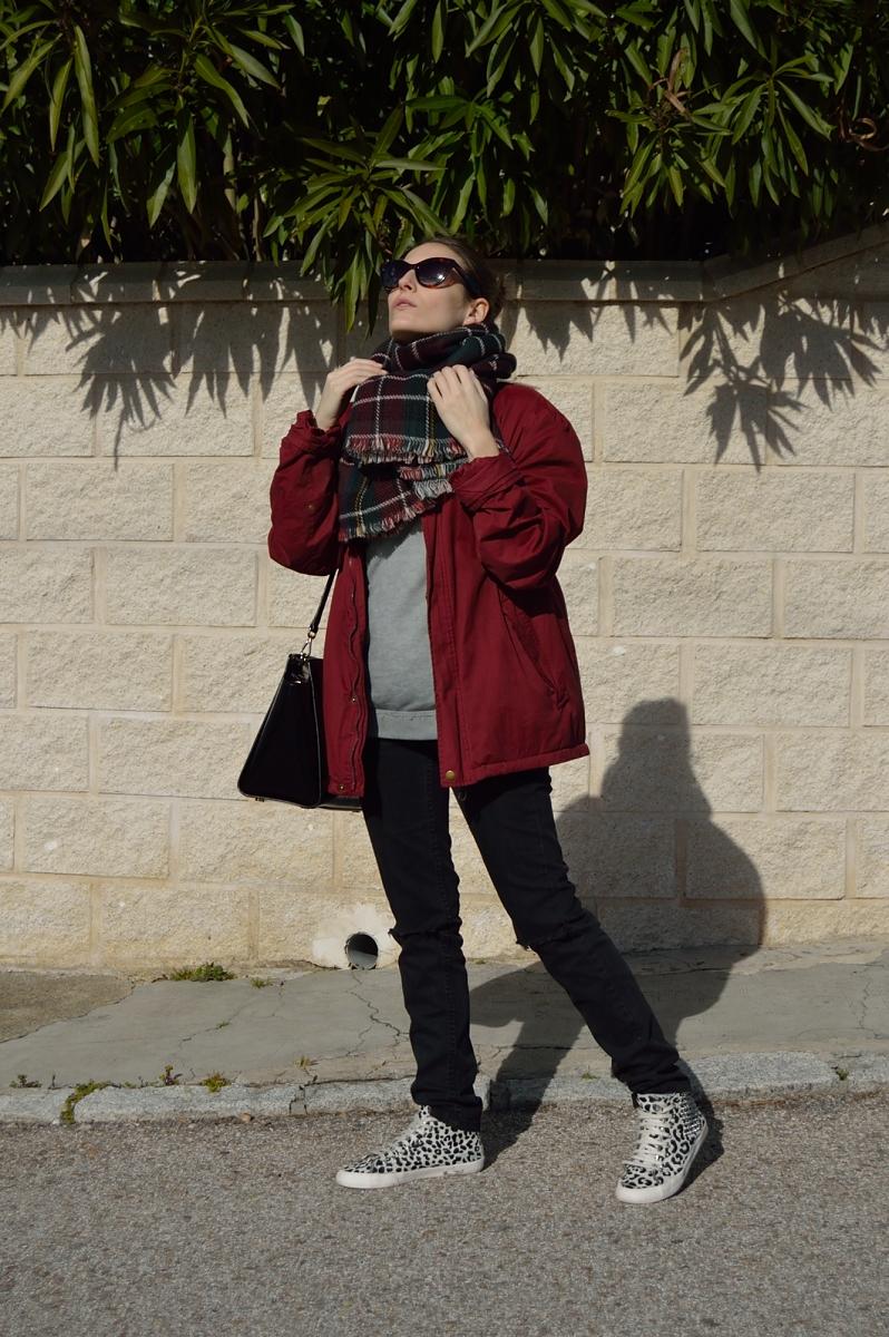 lara-vazquez-madlula-blog-easy-look-burgundy