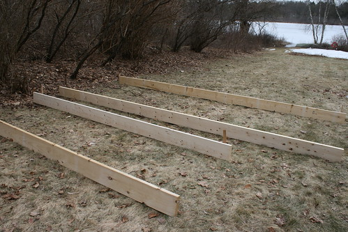 043 - scoping out sizes of new raised beds