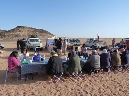 Desayunando en la Expedición Kamal (Egipto)