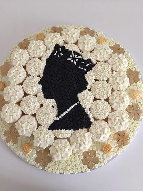 Cake by Prettycutebakes