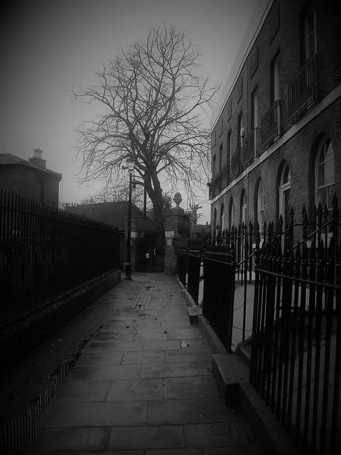 St Alfege passage Greenwich, Fujifilm FinePix AV130