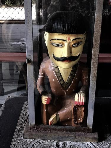 indianguardian moustache indianman sitting livinginajungle junglemama buckinghampalace guardhouse