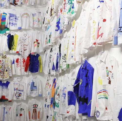 そしてたくさんのシャツ。 #nsハルシャ展 #森美術館