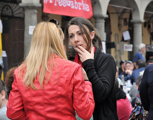 Porta al Borgo, il 25 aprile si festeggia per strada foto di Marzio Dolgi