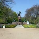 Das Bismarck-Denkmal im Berliner Tiergarten (1)