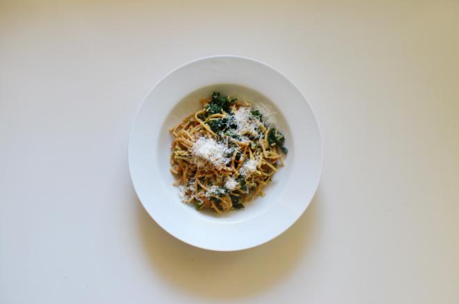 spaghetti with black kale