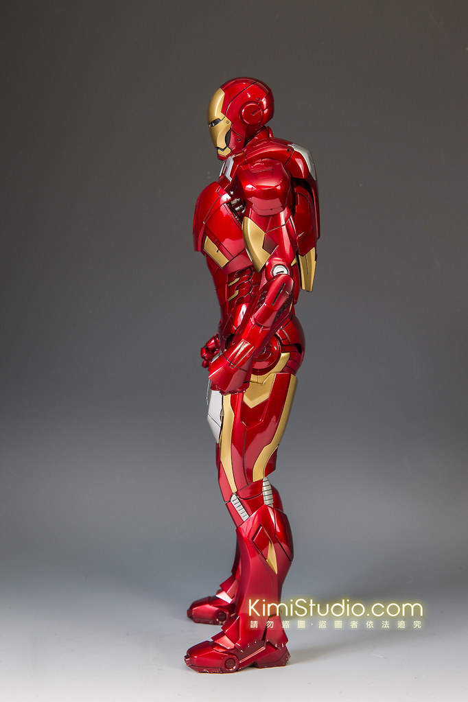 2013.06.11 Hot Toys Iron Man Mark VII-011