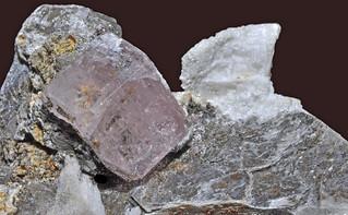 fluorapatite, mica var. muscovite