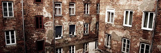 Facades décaties de Praga, Ulica Brzeska - Photo de Radek Kołakowski