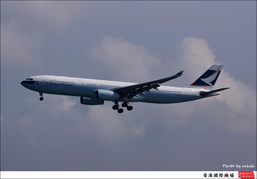 Cathay Pacific Airways B-LAJ