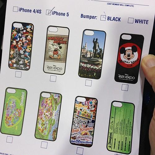 D23限定iPhoneケース。