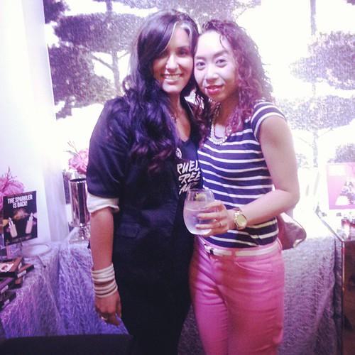 After years of meeting finally met the beautiful @baharniramwalla :) @thebodyshopca #givejoy #latergram #beauty #blogger #events #Toronto