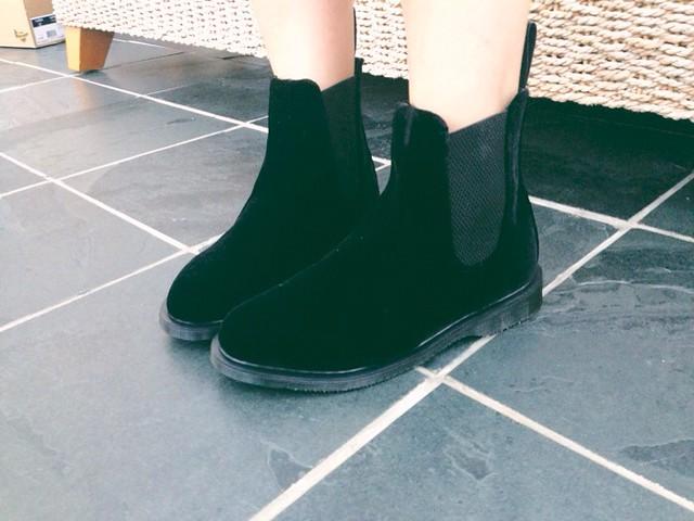 dr-martens-floren-chelsea-boots-velvet