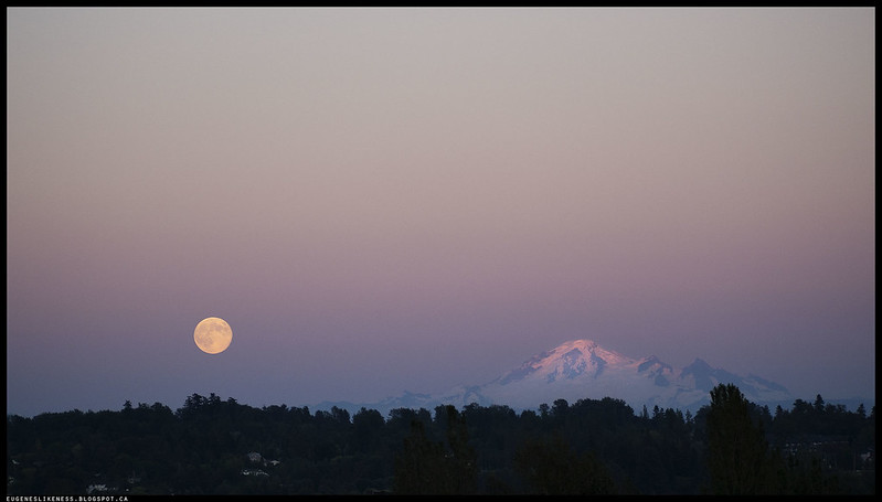 A different mood, full moon and Mt. Baker