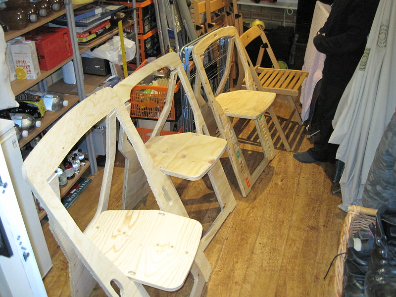 Folding chairs versions 1 to 3 and TERJE for comparison