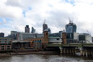 Vue depuis le Southwark Bridge - La City