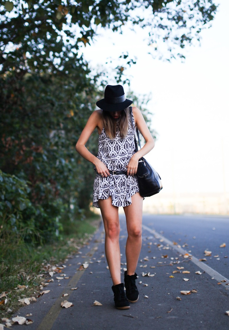 modern legacy fashion style blog Australia tribal print dress felt fedora Isabel Marant sneakers Alexander Wang tote bag Asos belt leather (1 of 1)