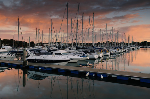 uk november cold clouds marina sunrise reflections still nikon peaceful hampshire boardwalk yachts southcoast masts tranquil lymington d300 yachthaven sunsetsnapper havenreflections