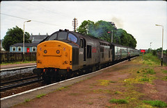 37156 at Nairn 13/06/90 1H33 1525 Aberdeen - Inverness ...