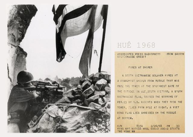 VIETNAM WAR PHOTO - FIRES AT SNIPER HUE