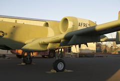 Republic_A10A_warthog_engines_port_wing_DSC_0781