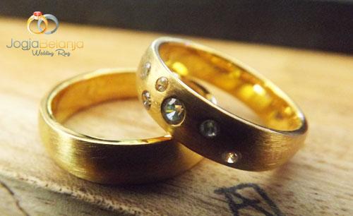 cincin kawin ruutu
