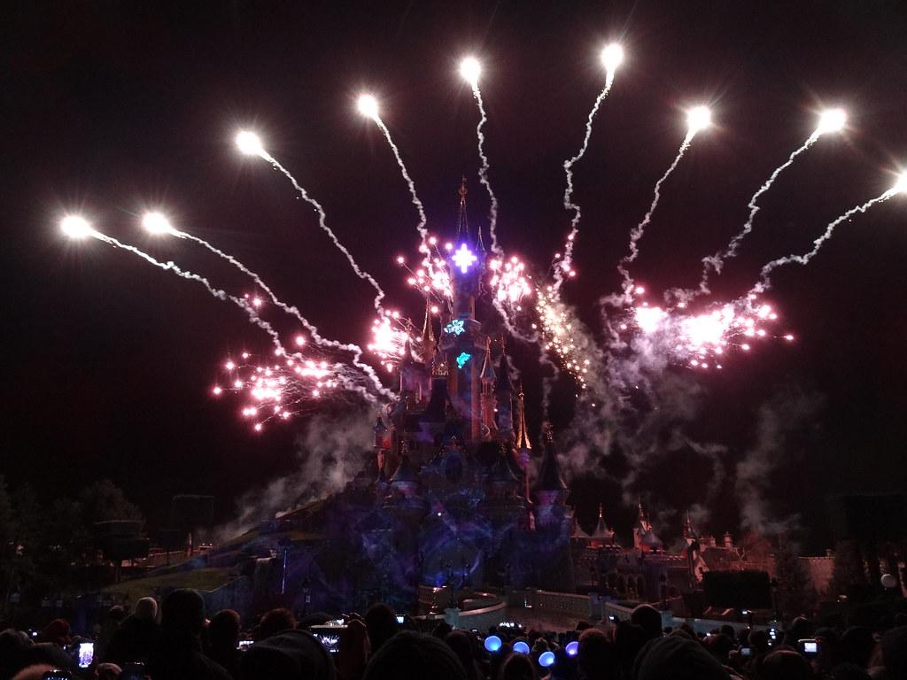 Un séjour pour la Noël à Disneyland et au Royaume d'Arendelle.... - Page 4 13710151324_825437bd84_b