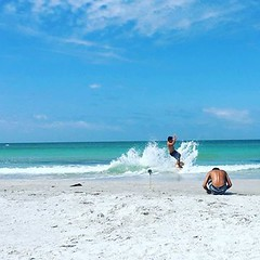 Got a chance to get in a #skimboard session today at #IndianRocks beach. Having fun carving and floating on the 2 footer on-shore breaks.  I think it's time to take another trip to #Nokomis Beach in #Sarasota for some bigger waves. I miss skimming there.