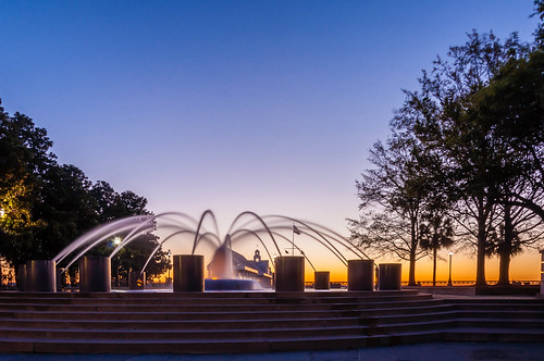 charleston chs southcarolina sc downtown waterfrontpark sunrise fountain