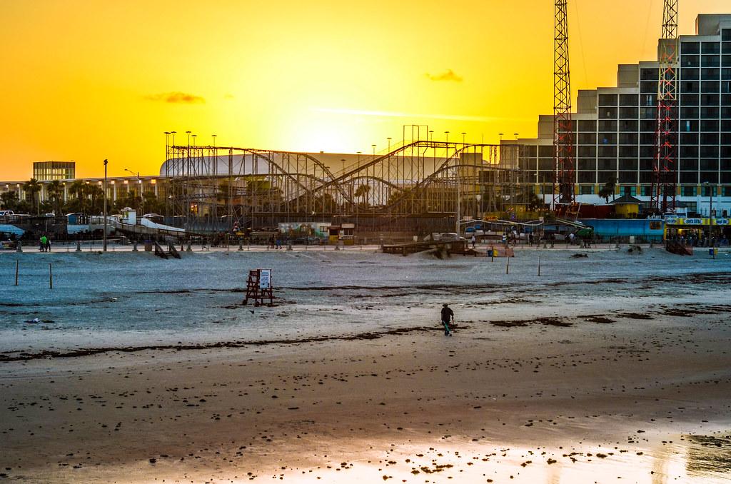 Daytona Beach sunset wide