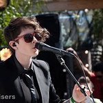 "Watch Tegan and Sara Perform Austin Concert and Talk New Album ""Heartthrob"" on Walmart Risers"