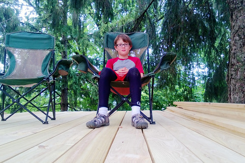 day 3277: (finally!) building and enjoying the deck on The World's Most Awesome Treehouse(s)! IV.