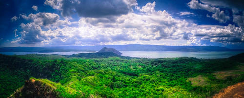 blue sky panorama lake green view philippines crater tagaytay taal calabarzon 20130604