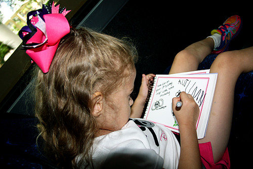 AKL_Mommy-signed-Autograph-book