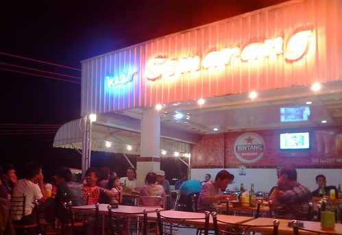 Makassar-Restos-Bar (1)
