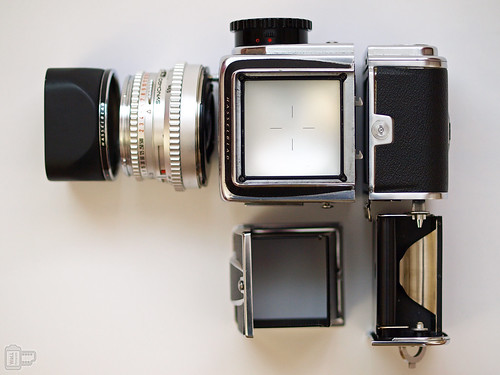 Modular Camera – Lens, body, viewfinder, and film magazine all can be changed to fit the photographer's needs