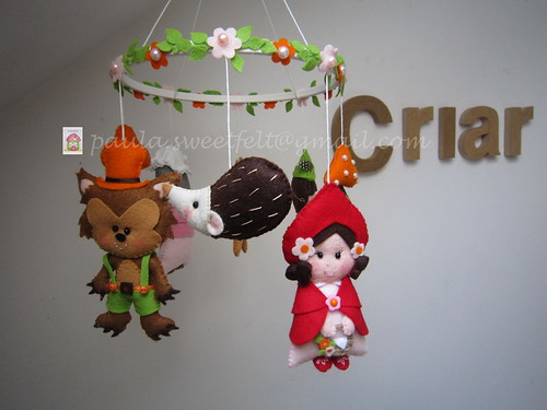 ♥♥♥ Mobile Capuchinho Vermelho... by sweetfelt \ ideias em feltro