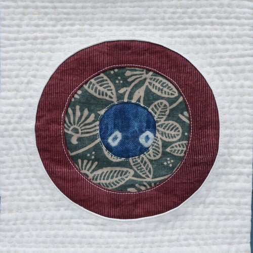Porthole Table Runner by Poppyprint